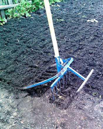 Чудо лопата. Рыхлитель садово-огородный