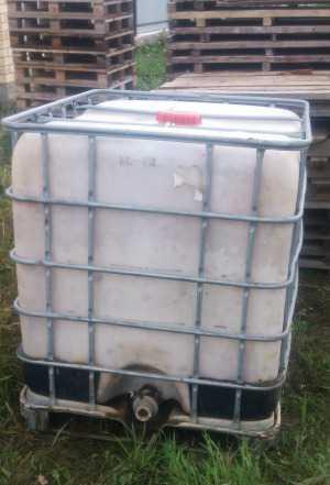 Еврокуб 1000 литров. Бак для воды. Бак для полива