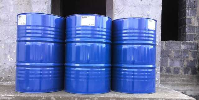 200 литровые бочки