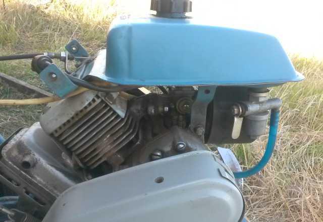 Двухтактный двигатель для культиватора крот