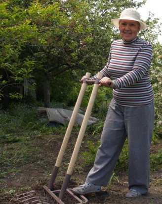 Рыхлитель садово-огородный землекоп
