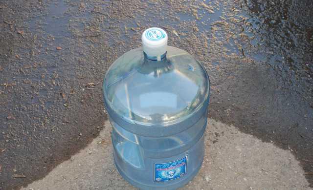 Канистры для воды 5 шт. по 20л