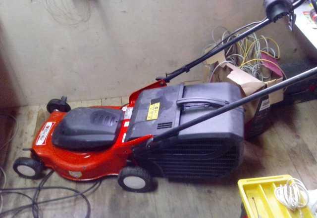 Газонокосилка электрическая Oleo-Mac G 44 PE