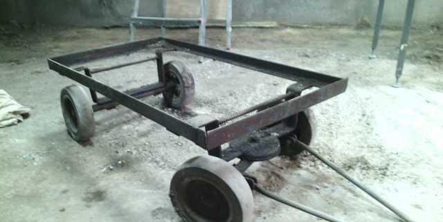 поворотный механизм тракторной телеги фото собрана коллекционная