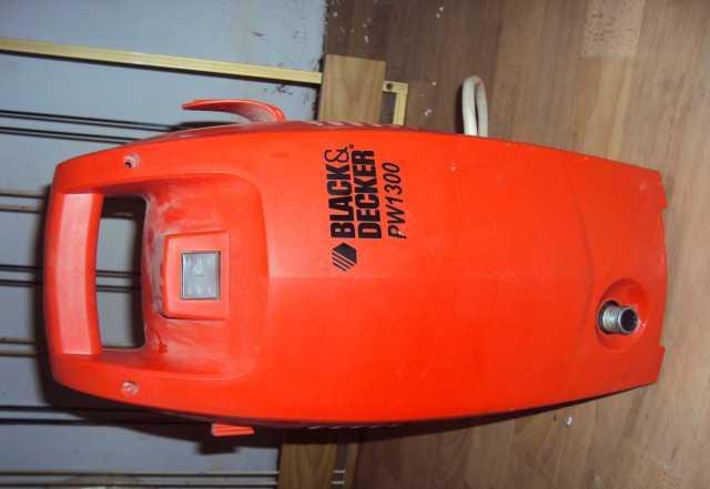 Продаю Мини-мойку BlackDecker PW 1300 со шлангом