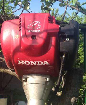 Газонокосилка 4х-тактная Хонда UMK 435 T