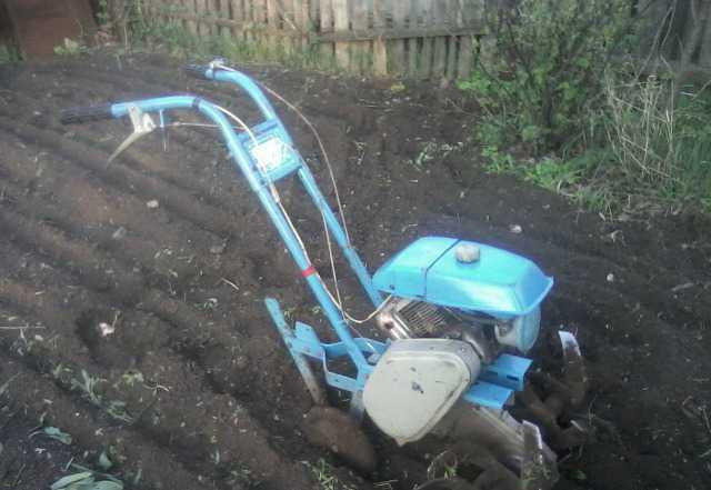 Для крепкой земли и почвы продаю мотокультиватор