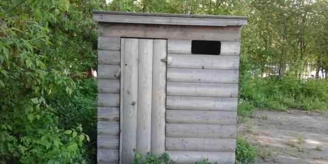 Деревянный сарай под туалет, душ, хранение инструм