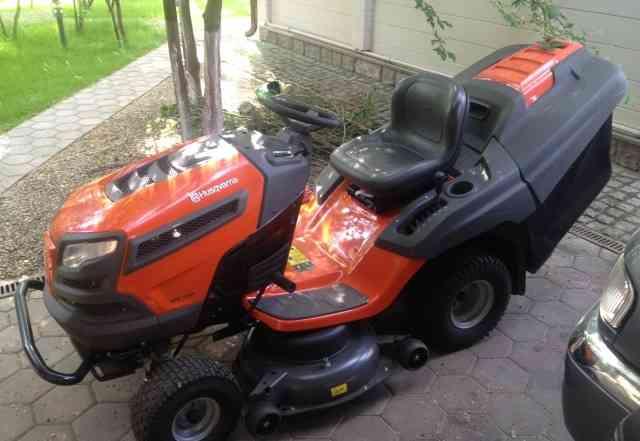 Продается мини-трактор Хускварна CTH184T б/у