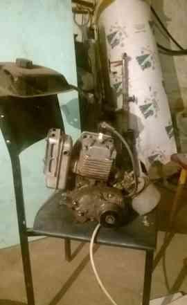 Двигатель от мотокультиватора Крот