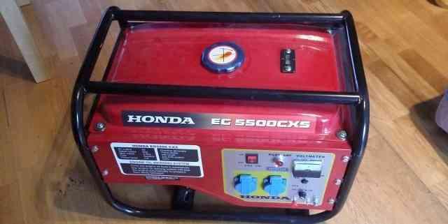 Бензиновый генератор Хонда EG5500CXS новый