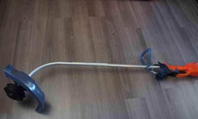 Триммер для травы Oleo-Mac TR 115E новый