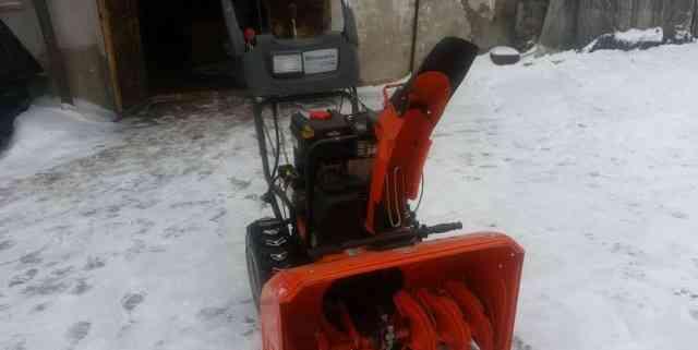 Снегоотбрасыватель Хускварна ST276EP