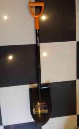 Лопата штыковая железная Fiskars
