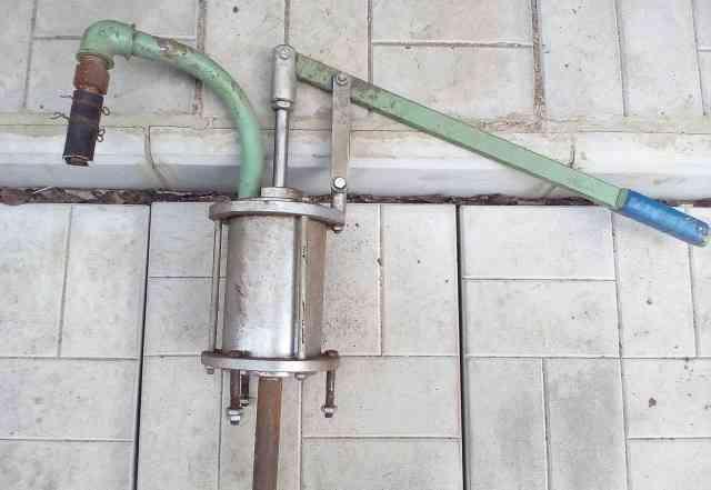 Ручной водяной насос для колодца и скважены