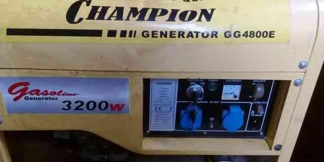 Генератор б/у champion GG4800E