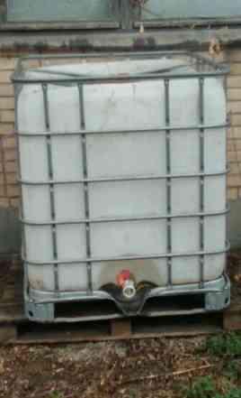 Емкость для воды 1 куб. см