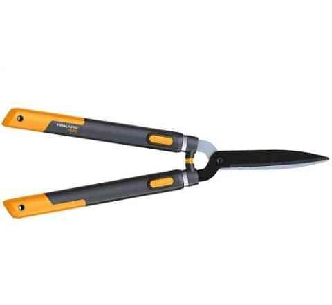 Ножницы для живой изгороди Fiskars Смарт Fix