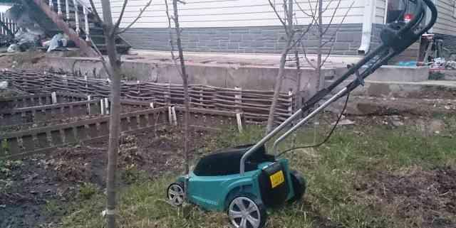 Электрическая газонокосилка Макита Elm 3310