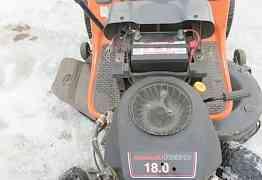 Садовый трактор-райдер Хускварна 18 л. с, 107 см